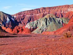 Valle  del  arcoiris- Chile