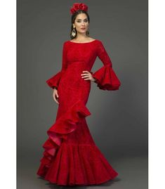 trajes de flamenca 2018 mujer - Aires de Feria - Traje de flamenca Vejer 80s Party Costumes, 80s Costume, Ruffle Dress, I Dress, Lovely Dresses, Formal Dresses, Red Frock, Flamenco Costume, Spanish Dress