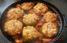 Gefüllte Paprika aus dem Ofen, ein tolles Rezept aus der Kategorie Gemüse. Bewertungen: 1. Durchschnitt: Ø 3,0.