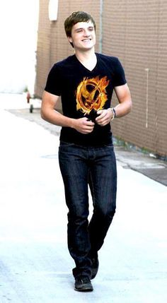 Only josh would go out in public wearing a hunger games shirt who's on the cast for the hunger games