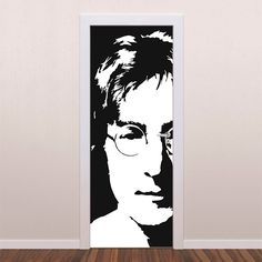 Adesivo decorativo para porta John Lennon é um adesivo ideal para decoração de portas. Decore sua casa com adesivos de porta e personalize seu ambiente...