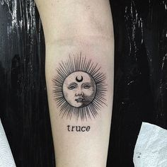 "1,960 Likes, 21 Comments - Clique Tattoos |-/ (@clique.tattoos) on Instagram: ""((truce)) •• owner: @louilita •• • tattoo by: @ilumsun • :: #cliquetattoos #cliqueart…"""