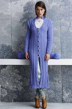 Пальто из Vogue спицами описание. Стильное вязаное пальто | Домоводство для всей семьи.