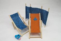Handmade seaside miniatures as featured on the Dolls House and Miniature Scene email newsletter. If you haven't signed up enter your email address here... http://www.collectors-club-of-great-britain.co.uk/Free-E-Newsletter