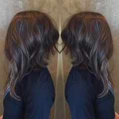 Longbob Frisuren – Extreme Long Bob How-to & 3 Lob Tips – Career – Modern Salon - Longbob Long Asymmetrical Bob, Inverted Long Bobs, Angled Bobs, Short To Long Bob, Long Aline Bob, Long Asymmetrical Hairstyles, Long Lob, Medium Long Haircuts, Haircut Medium