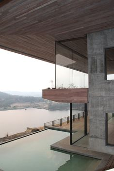 Gallery of Gota Dam Residence: A House on a Rock / Sforza Seilern Architects - 12