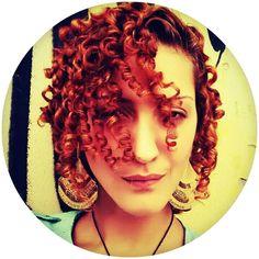 Ruivas Cacheadas – Como cuidar de cabelo cacheado ruivo acobreado