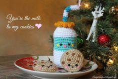 Galleta Amigurumi ~ Patrón Gratis en Español ( debajo de las fotos está el patrón en inglés y al lado en Español) aquí: http://amigurumifood.blogspot.com.es/2013/12/youre-milk-to-my-cookies.html