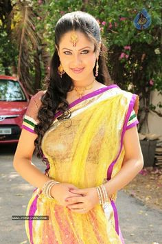 Pooja Gaur, Fresh Beauty of Indian tellywood , Nice Voluptuous & Hourglassy Actress