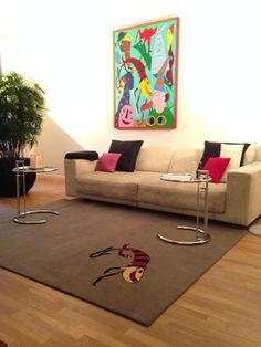 Wir entwerfen auch Teppiche, die zu Ihrem Bild passen.
