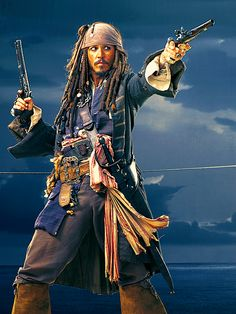 "Sparrow, Capitán Jack Sparrow. Johnny Depp en ""Piratas del Caribe: La Maldición de la Perla Negra"" (Pirates of the Caribbean: The Curse of the Black Pearl), 2003"