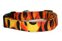 Hot Flames Dog Collar by ALeashACollar on Etsy Handmade Dog Collars, Handmade Gifts, Belt, Trending Outfits, Unique Jewelry, Dogs, Accessories, Vintage, Etsy