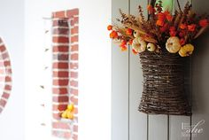 Gloribell Lebron shows how she created this lovely fall front door decoration... on I Don't Know How She Does It.