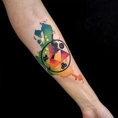 Triforce Tattoo: 34 Most beautiful ideas from triangle from & Of Zelda& Hip Tattoo Quotes, Phönix Tattoo, True Tattoo, Forarm Tattoos, Tattoo Script, Tattoo Kits, Belly Tattoos, Gamer Tattoos, Badass Tattoos