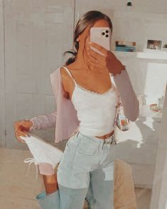 Casual School Outfits, Cute Comfy Outfits, Teen Fashion Outfits, Retro Outfits, Mode Outfits, Girly Outfits, Simple Outfits, Outfits For Teens, Stylish Outfits