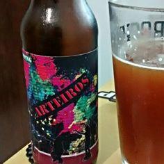 Cerveja Arteiros Red Ale, estilo Irish Red Ale, produzida por  Cervejaria Caseira, Brasil. 6% ABV de álcool.
