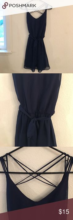Women's Blue Casual Dress Small amount of stray strings, soft material, perfect for a casual summer outfit Dresses Midi
