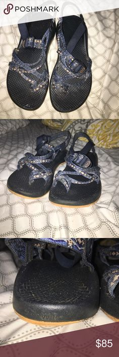 Women's Chacos Size 8 Double strap, navy blue chacos, They are a size 8. I bought them 6 months ago and they have been worn a few times. Chacos Shoes Sandals