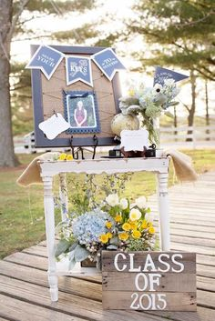 18 Creative Graduation Party Decoration Ideas For More Fun We Have Created A Photo Gallery Featuring