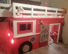 Firefighter Father Makes His Son A Fire Truck Bed - 5 Pics