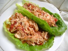 I can imagine just how good this tastes and I have Romaine leaves. ;-)Shredded chicken. #crockpot #paleo