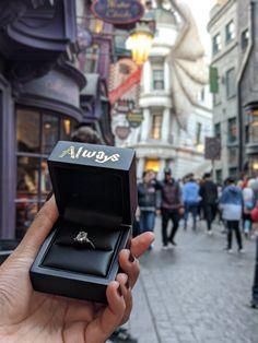 Harry Potter Engagement Ring Box / Proposal Ring Box / Always / Marry Me? Anillo Harry Potter, Harry Potter Ring, Harry Potter World, Harry Potter Engagement Ring, Harry Potter Proposal, Engagement Rings, Harry Potter Wedding Dress, Cute Proposal Ideas, Proposal Ring Box