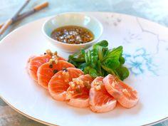 Laks tataki. My Favorite Food, Favorite Recipes, Fresco, Sashimi, Cantaloupe, Great Recipes, Shrimp, Seafood, Food And Drink
