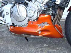 SABOT MOTEUR SPACE | CB 600 HORNET (2003/2006) Cb 600 Hornet, Artisanal, Baby Car Seats, Motor Engine, Infant Car Seats