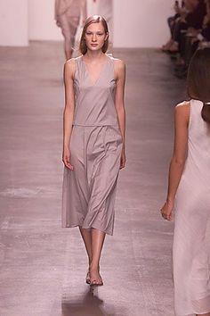 Calvin Klein Collection Spring 2000 Ready-to-Wear Fashion Show - Calvin Klein, Erika Wall