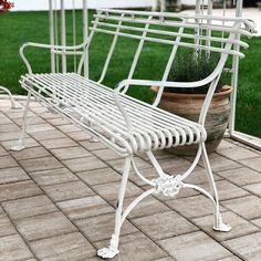 Banc Arras pieds griffes Gardens, Wrought Iron Garden Furniture