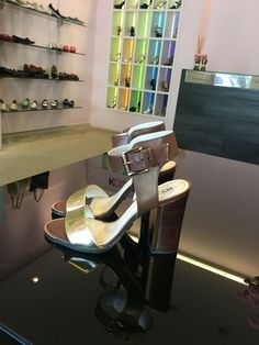 Esse charme by #werner te espera pro final de semana #koquini #comfortshoes #euquero #saltoalto Compre Online: http://koqu.in/1wHmvfQ