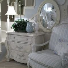 Bedroom Shabby Chic Design, Pictures, Remodel, Decor and Ideas - page 5