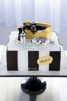 Doggy dog's world cake by Bake-a-boo Cakes NZ, via Flickr
