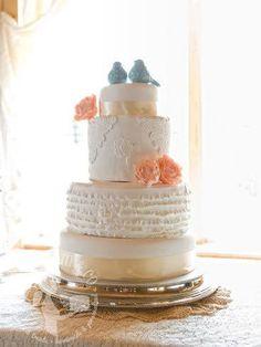 Beautiful Cake www.cakestackers.com