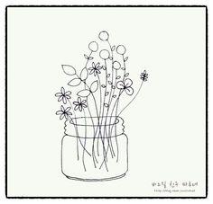 """제가 그린 """"들꽃 유리병 자수도안""""입니다~~~배우신 대로 혹은 자유롭게 수를 놓아 보세요~~~크기는 원하는... Diy Embroidery Patterns, Embroidery Art, Cross Stitch Embroidery, Beautiful Easy Drawings, Simple Line Drawings, Wildflower Drawing, Hand Drawn Flowers, Flower Doodles, Needlework"""