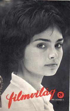 Szerencsi Éva (20) Filmvilág, 1972. november Ingrid Bergman, Iconic Women, Hungary, Movie Stars, Actors & Actresses, Famous People, Vintage Ladies, Beautiful Pictures, 1