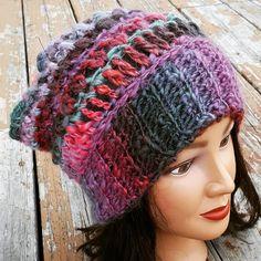 """Pattern- """"Afternoon hat"""" Free crochet pattern from Brittique. Crochet Ideas, Crochet Projects, Free Crochet, Knit Crochet, Crochet Patterns, Crochet Hats, Crochet Slouchy Hat, Knitted Hats, Slouchy Beanie"""