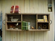 Farm crate/Handled shelf.  want!
