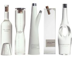 1000 Acres Vodka A design the demonstrates that there are no limits to custom glass manufacturing. Cool Packaging, Beverage Packaging, Bottle Packaging, Brand Packaging, Innovative Packaging, Alcohol Bottles, Liquor Bottles, Vodka Bottle, Bottle Design