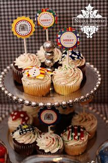 """""""Ugly Sweater/Ugly Ornament"""" Cupcakes~ {Christmas party idea}"""