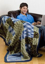 Kids and adults will love this Camouflage Patch Throw. Best of all, it doesn't take long to create this free #crochet afghan.