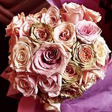 Výsledek obrázku pro antique roses bouquet