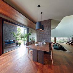 【ダイワハウスのTRY家コラム(トライエコラム)】住まいづくりに役立つ情報誌 an.D vol.25 住まいづくりのグッド・アイデア「an.D」は、ダイワハウスとこれから家づくりをはじめる方をつなぐ情報誌です。 Modern Japanese Interior, Japanese Modern House, Kitchen Interior, Room Interior, Interior Design, My Living Room, Decoration, Home Furniture, House Plans