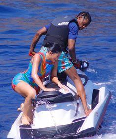 Kylie Jenner Workout, Kylie Travis, Travis Scott Wallpapers, Kardashian, Vacation, Celebrities, Swimwear, Instagram, Fashion