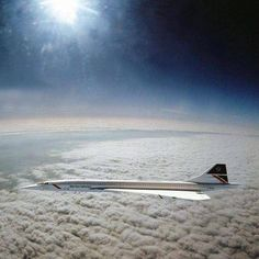 Only picture taken of Concorde flying at mach picture taken by a RAF Tornado . Sud Aviation, Aviation Humor, Concorde, Concord Airplane, Rolls Royce, Airplane History, Airplane Wallpaper, In The Air Tonight, Old Planes