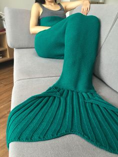 High Quality Solid Color Knitted Mermaid Tail Design Blankets For Adult