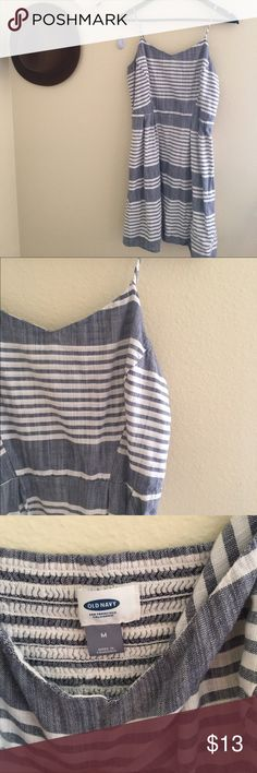 Old navy striped dress Super cute and fun summer dress, the fabric is thick but cool, only worn once. Old Navy Dresses Midi
