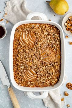 Wonderful vanilla brown butter pear baked oatmeal with hints of cinnamon and sweet pears in every bite. This easy pear oatmeal bake is naturally sweetened, filled with warming flavors and makes the perfect winter breakfast or brunch! #oatmeal #pears #breakfast #brunch #healthybreakfast #glutenfree Baked Oatmeal Cups, Baked Oatmeal Recipes, Baked Pears, Unsweetened Almond Milk, Vegan Butter, Brown Butter, Delish, Brunch, Glutenfree