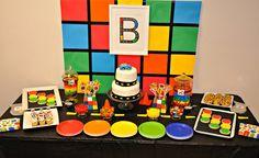 Festa cubo mágico com mesa simples