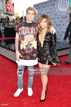 Recording artists Justin Bieber (L) and Paula Abdul attend the 2015 American Music Awards at Microsoft Theater on November 22, 2015 in Los Angeles, California.